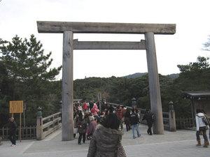090104_Ise_torii.jpg