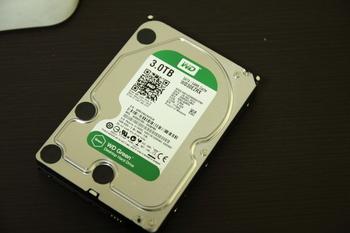 150331_HDD_3TB.JPG